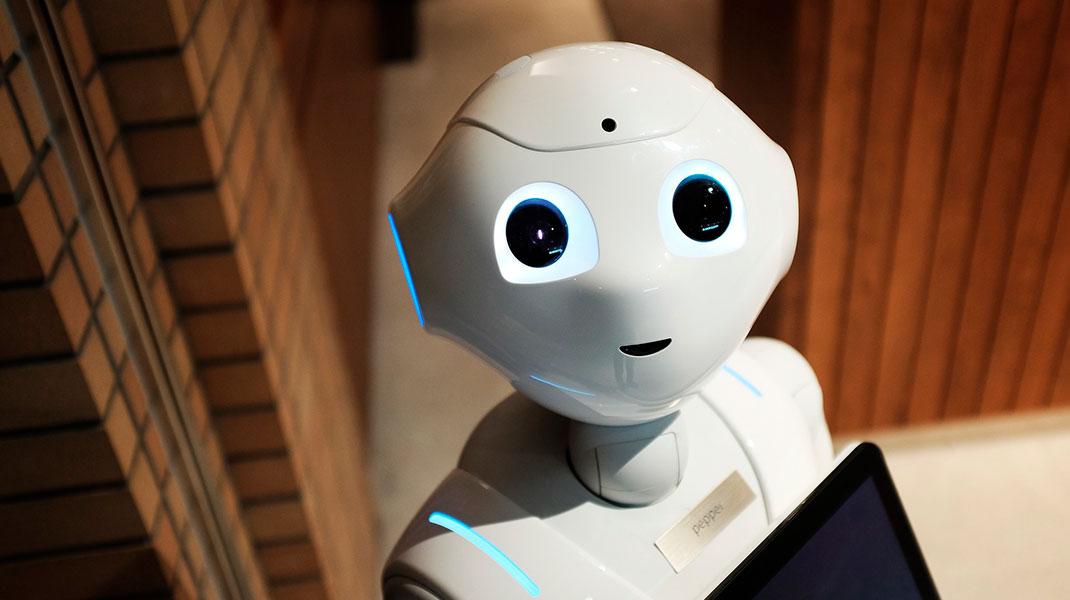 ¿Lograrán sustituir los robots el trabajo del social media?