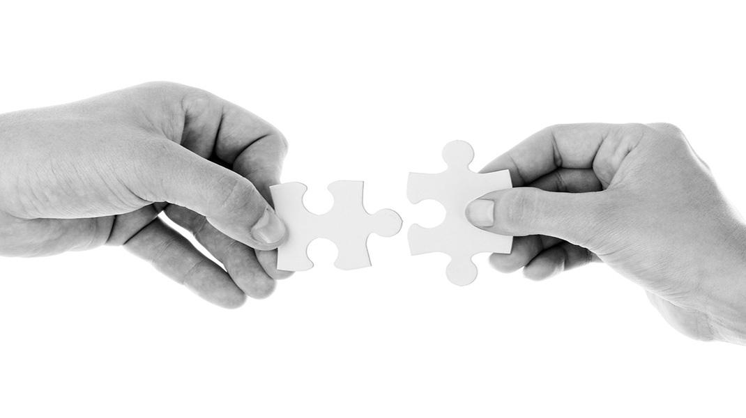 union-piezas-redes sociales